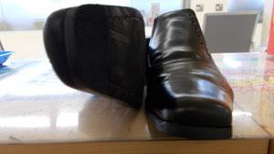 紳士靴つま先修理